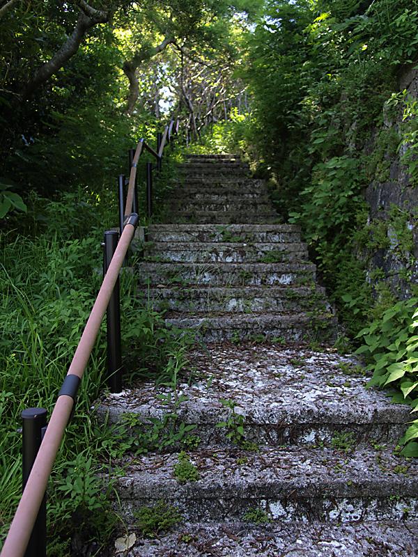 road9kaidan_up_hanta100911.jpg