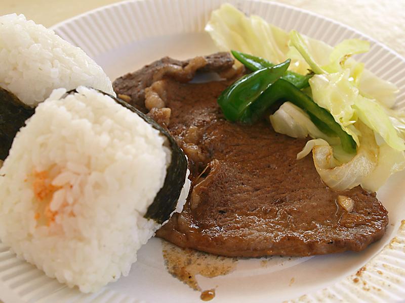 09onigiri_steak_fb110423.jpg