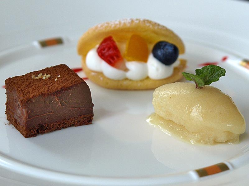 dessert_sv080311.jpg