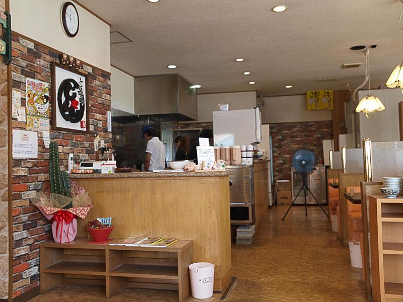 in_kitchen_ake.jpg
