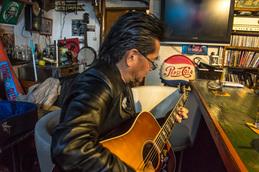 kazubou_guitar_junkey.jpg