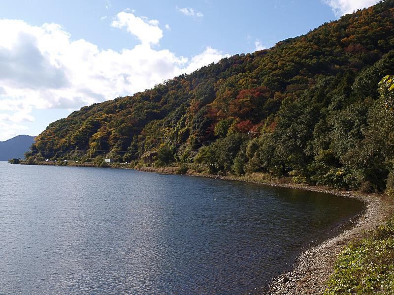 lakeside_mt_biwa081120.jpg