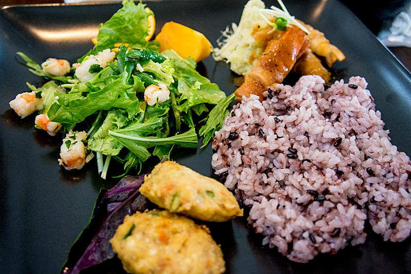 lunch_okinawanplate121105.jpg