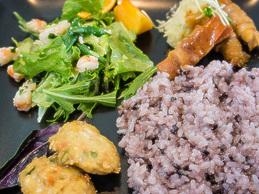 lunch_okinawanplate2_121105.jpg
