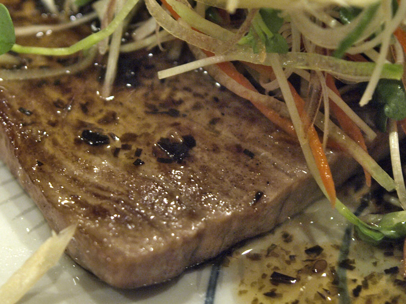 maguro_steak_z_taku080618.jpg