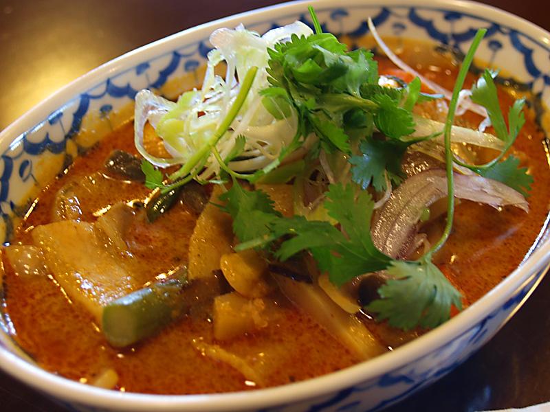 redpork_curry_kurukuma.jpg