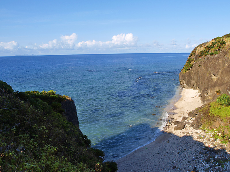 seaside_to_hudenzaki_aguni.jpg