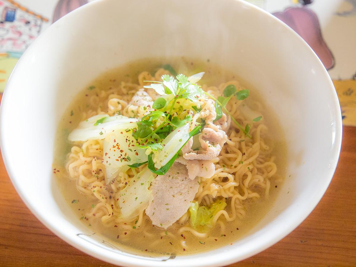thairamen_idles_seafood2.jpg