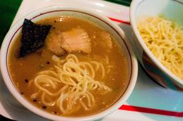 tsukemen_charsyu_t_gajiro150120.jpg