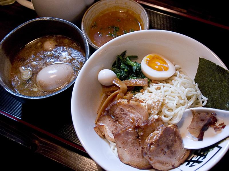 tsukemen_egg_char_ga.jpg